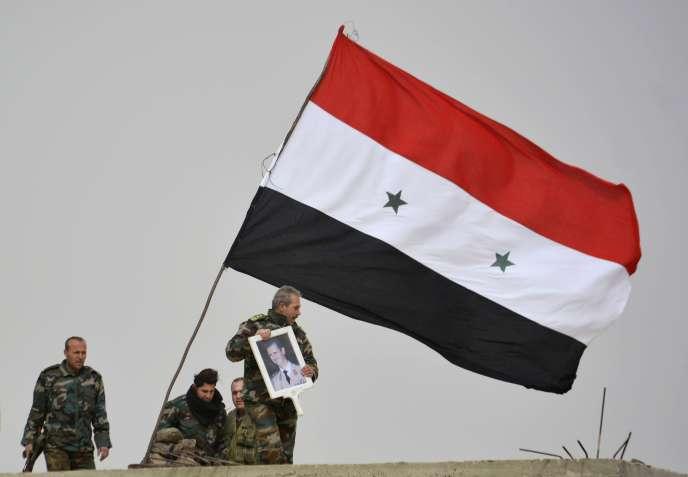 Des soldats pro-Assad, le 10 février à Deir Al-Adass, autour de Damas.