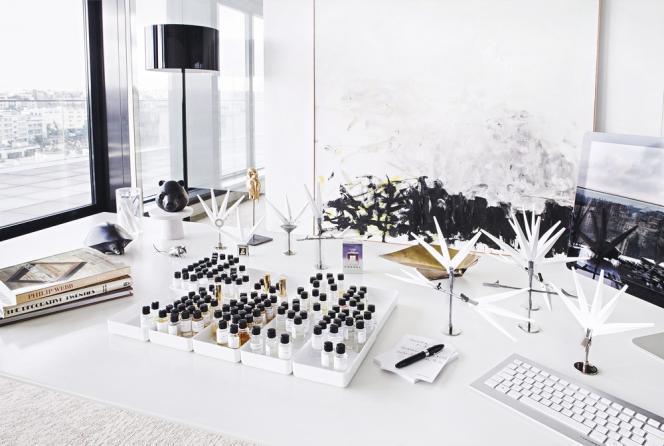 Bureau d'Olivier Polge, parfumeur chez Chanel, Neuilly le 2 fevrier 2015