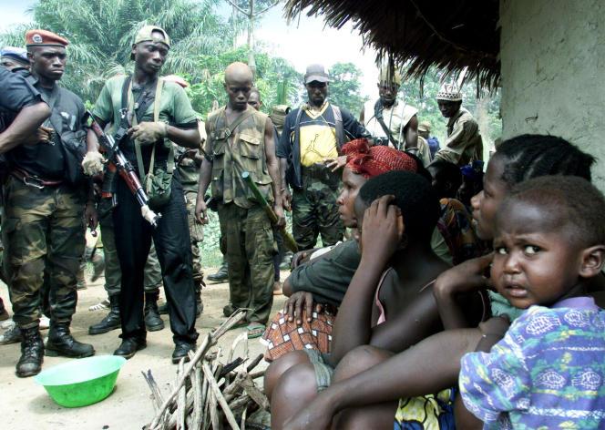 Des soldats rebelles au Liberia, en 2003.