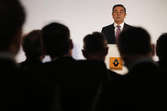 Au printemps, l'assemblée générale de Renault avait majoritairement voté contre les émoluments de Carlos Ghosn, mais le conseil d'administration n'en avait, dans un premier temps, pas tenu compte.