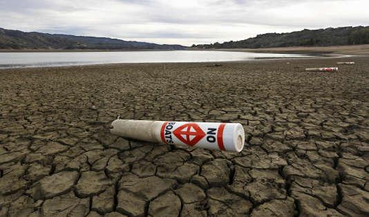 Le lac Mendocino en Californie, victime de la sécheresse.