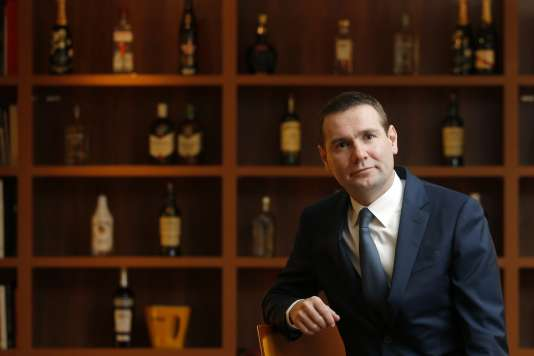 Alexandre Ricard, PDG de Pernod Ricard, le 12 février 2015, au siège parisien du groupe français de spiritueux.