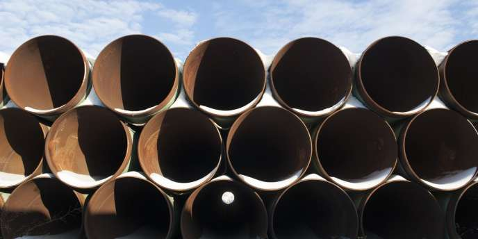 Stockage de fragments du futur oléoduc Keystone XL dans le Dakota du Nord en novembre.