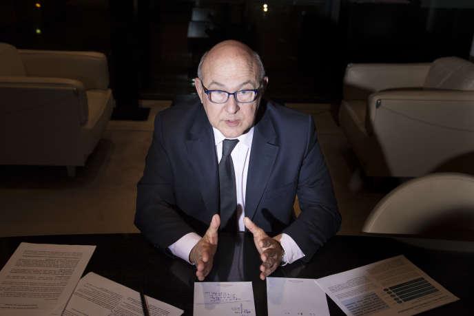 Michel Sapin, ministre des finances et des comptes publics, souhaiterait inscrire dans le droit français, l'obligation de révéler l'identité des bénéficiaires français des  sociétés-écrans.