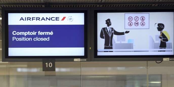 Pour les 65 324 salariés d'Air France, il s'agit du troisième plan de départs volontaires lancé depuis 2012, les deux précédents ayant concerné 8 000 personnes.