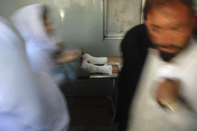 Les chiites, qui représentent 20 % de la population, sont régulièrement pris pour cible par les extrémistes sunnites, comme à Peshawar.