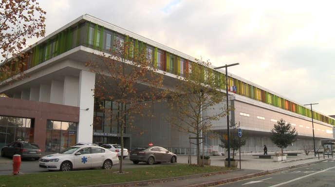 Le nouveau centre hospitalier de Roanne, un établissement en déroute.
