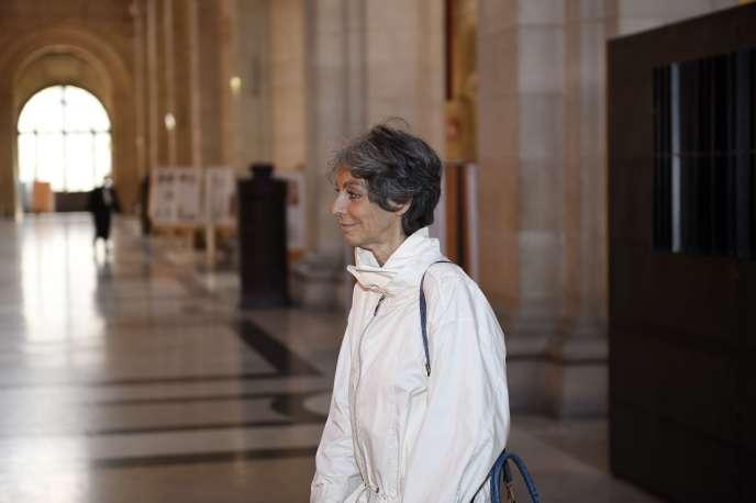 Le procureur a requis deux ans de prison ferme contre Arlette Ricci pour évasion fiscale.