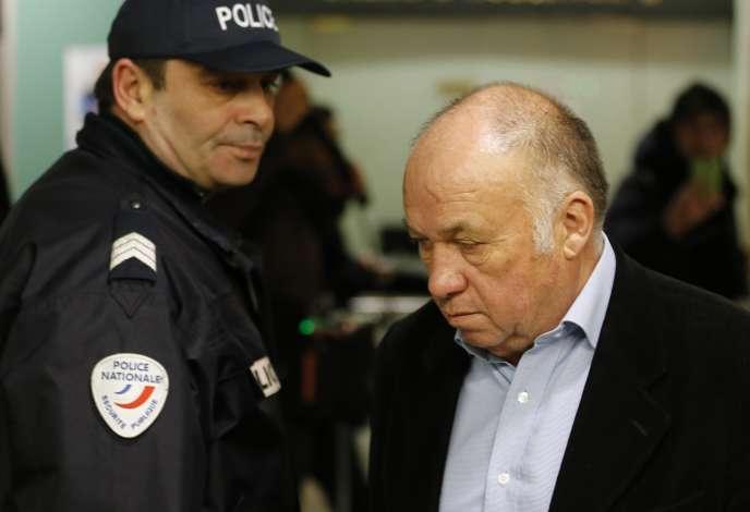 Deux ans d'emprisonnement, dont un avec sursis, et 10 000 euros d'amende ont été requis mardi 17 février à Lille contre