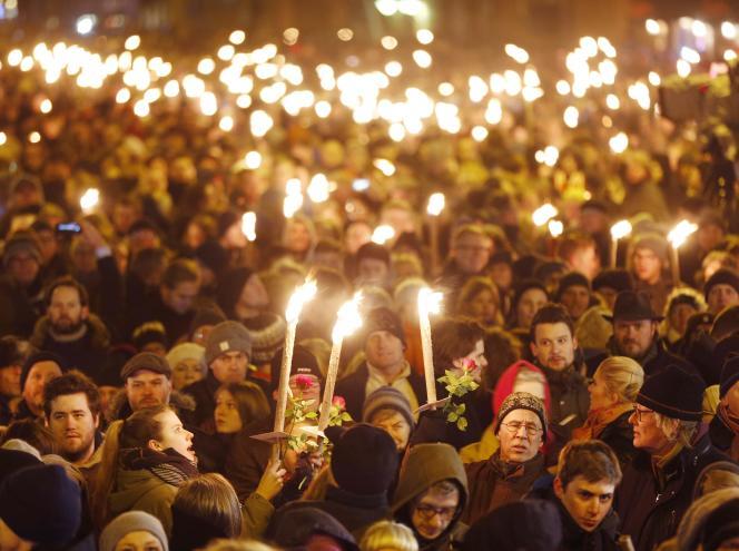 30 000 personnes à Copenhague en hommage aux victimes des fusillades/