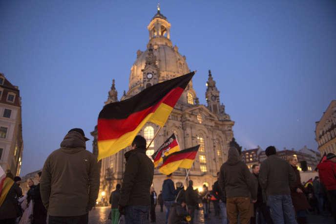 Une manifestation de Pegida à Dresde, le 16 février.