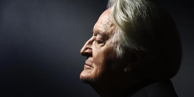 Roland Dumas à Paris, le 15 décembre 2014. AFP PHOTO JOEL SAGET