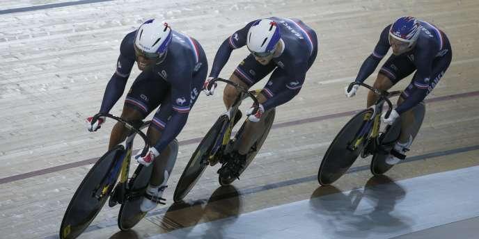 Le trio français de la vitesse par équipes, Grégory Baugé, Michaël D'Almeida et Kévin Sireau, a été sacré champions du monde de cyclisme sur piste mercredi 18 février.
