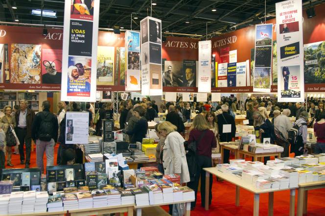 Le Salon du livre à Paris en mars 2012.