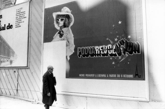 Pour annoncer son concert à l'Olympia « Polnarevolution », le chanteur Michel Polnareff fait placarder, le 6 octobre 1972, 6 000 affiches le montrant travesti en femme et les fesses nues. Le tribunal correctionnel le condamne à 60 000 francs d'amende, pour attentat à la pudeur.