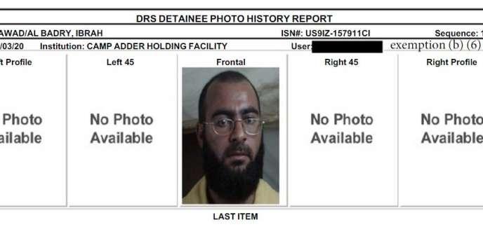 Photo d'Abou Bakr Al-Baghdadi dans son dossier après sa capture à Fallujah, en 2004.