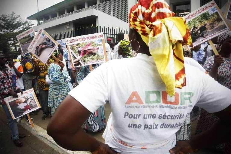 Devant le tribunal d'Abidjan, le 23 février.