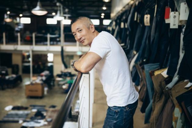 """Pour Jonathan Cheung, directeur du design chez Levi's, """"la principale évolution du jean aujourd'hui, c'est un retour à l'authenticité""""."""
