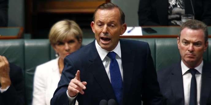 Le premier ministre australien, Tony Abbott, s'exprime devant le Parlement à Canberra, le 23 février.