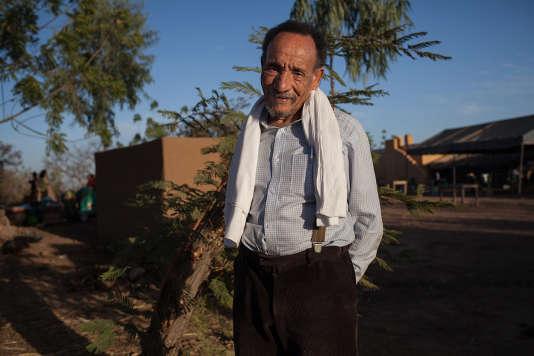 Parrain de l'agroecologie, qui prône des pratiques agricoles permettant de développer l'autonomie des paysan et la souveraineté alimentaire, Pierre Rabhi est venu donner une conférence auprès des participants à ces rencontres, dans la ferme biologique de Betta.