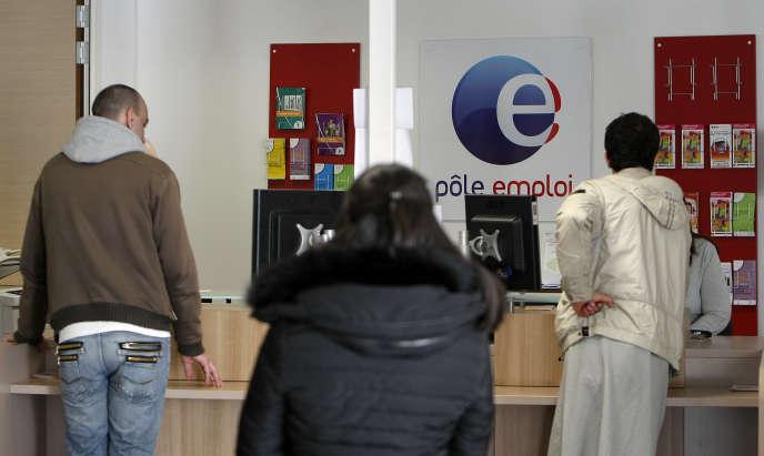 Dans une agence Pôle Emploi marseillaise, le 24 février.