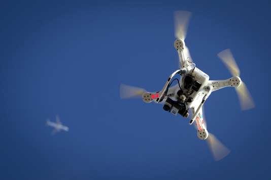 Les autorités canadiennes cherchent surtout à préserver la sécurité du trafic aérien à proximité des aéroports.