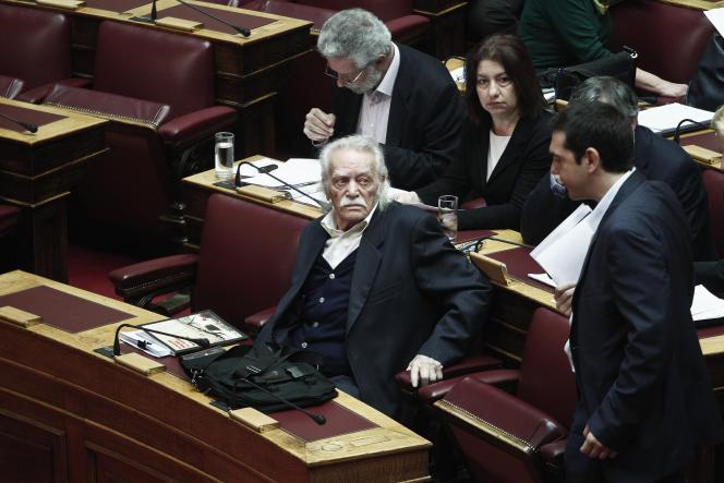 Manolis Glezos, en avril 2013 au Parlement grec.