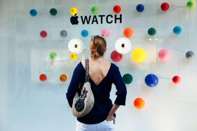 Le 30 septembre 2014, lors de la présentation en avant-première de l'Apple Watch chez Colette.