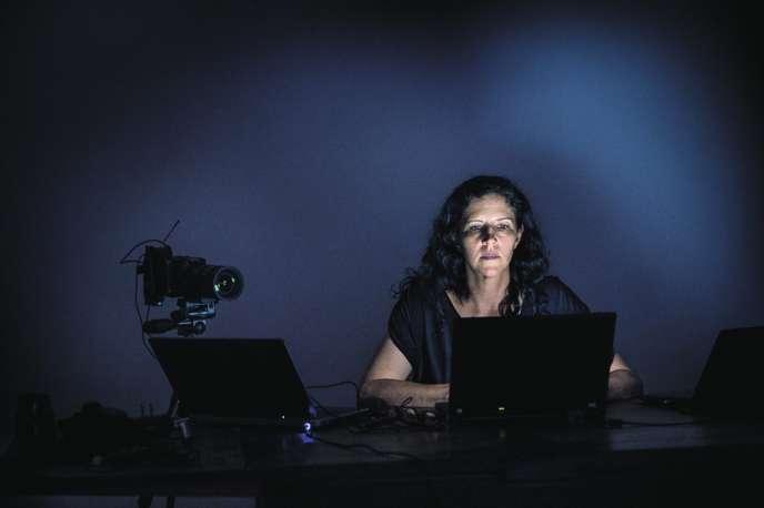 Laura Poitras, en 2014. La réalisatrice avait été contactée pour la première fois par Edward Snowden début 2013. Il lui avait envoyé un e-mail signé « CitizenFour ».