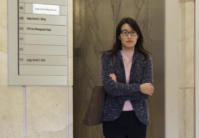 """«Les poursuites en justice contre les entreprises high-tech se multiplient, à tel point que les spécialistes de droit du travail parlent d'""""effet Pao"""" ». (Photo : Ellen Pao lors du procès qui l'a opposée, début 2015, au cabinet de capital-risque Kleiner Perkins Caufield & Byers (KPCB) qui l'employait et qu'elle poursuivait pour discrimination sexuelle)."""