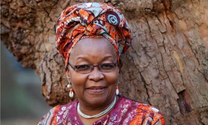 Alice Nkom, une avocate des droits humains, reçoit régulièrement des menaces de mort. Elle défend les lesbiens, gays, bi, transgenres et intersexués (LGBTI) camerounais.