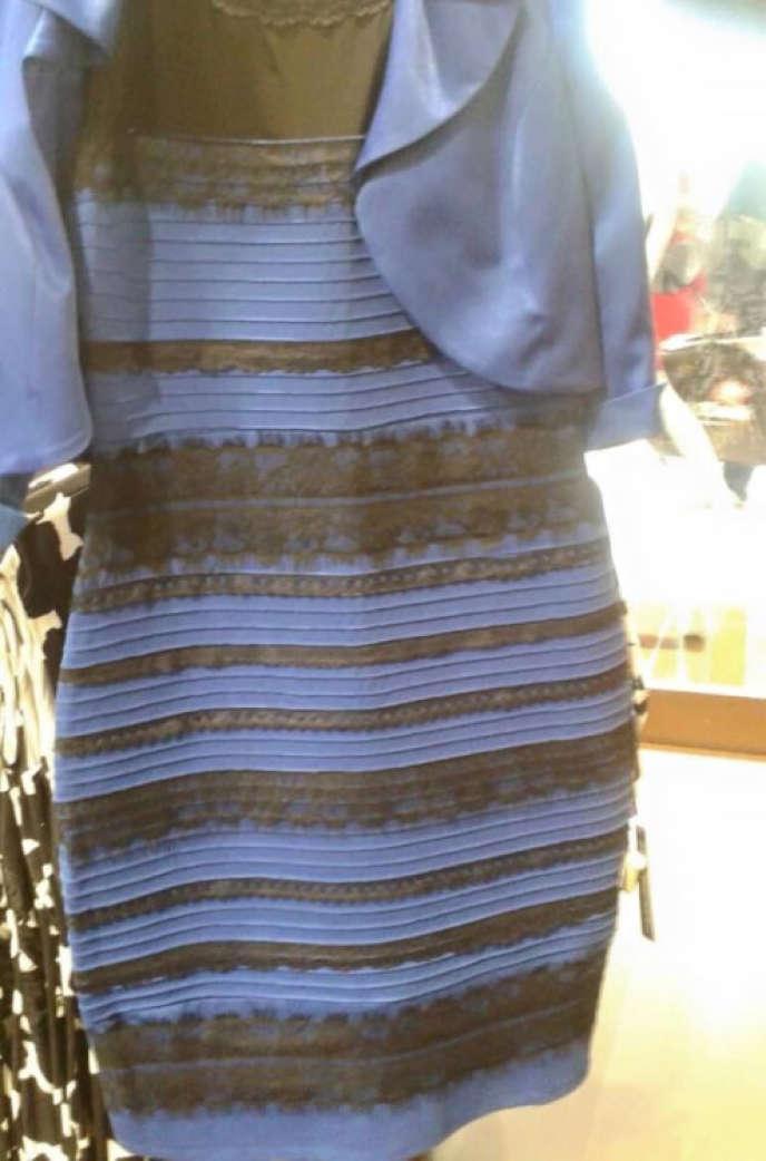 La fameuse robe qui divise Internet : blanc et or ou bleu et noir ?