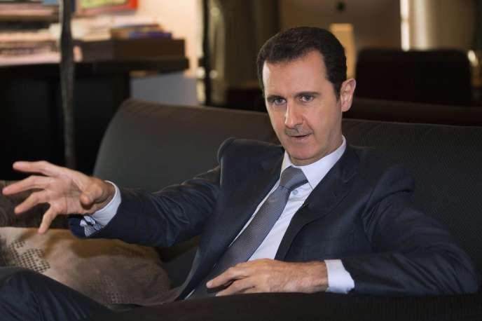 Le président syrien Bachar Al-Assad pendant son entretien à Paris-Match, en décembre 2014.