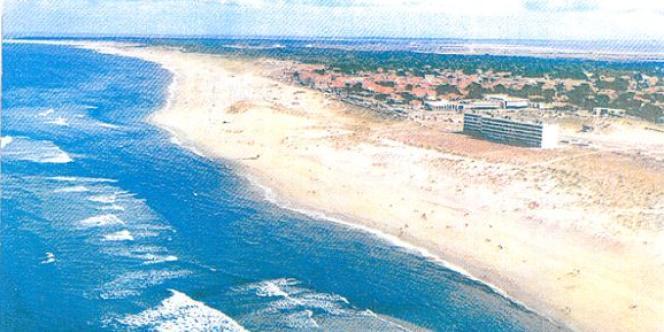Le Signal en 1980. A sa construction, en 1967, il était situé à 200 mètres de l'océan.