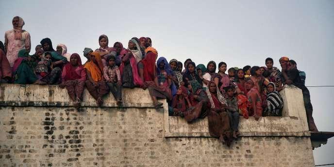 Le gouvernement de Narendra Modi propose la création d'un « système de sécurité sociale universelle pour tous les Indiens, spécialement le pauvres et les défavorisés ».