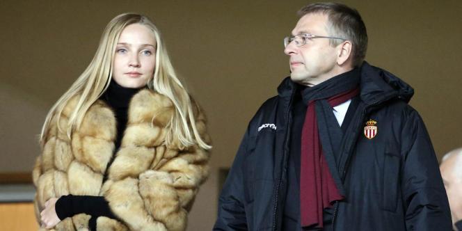 Dmitri Rybolovlev et sa fille Ekaterina Rybolovleva, lors de la demi-finale de la Coupe de la Ligue entre Monaco et Bastia, le 4février.