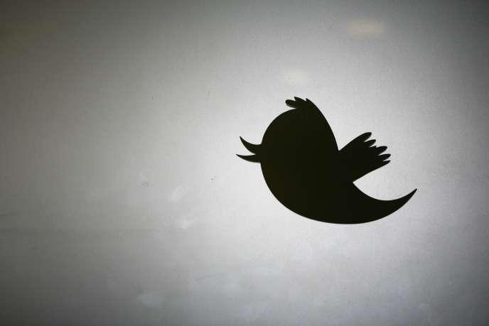 Le site de microblogging, qui emploie 4 100 personnes, devrait annoncer, mardi, un plan social.