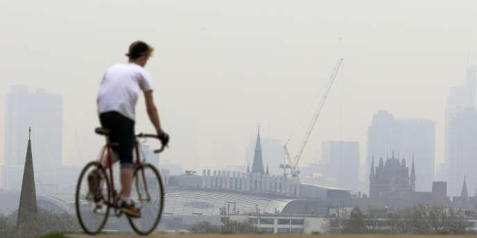 Un épisode de pollution de l'air à Londres en avril 2014.