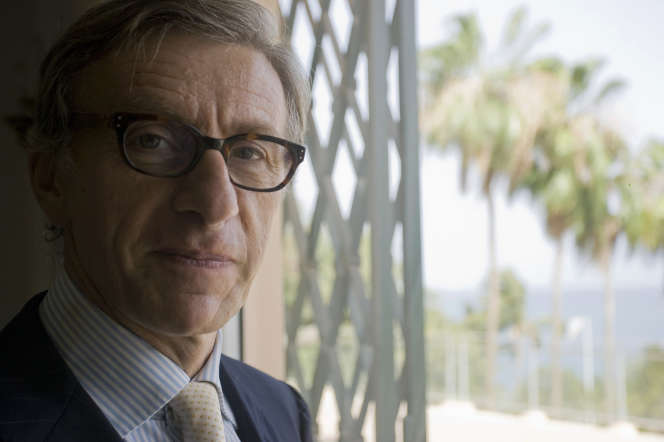 L'écrivain Jean-Christophe Rufin, à Dakar en 2008, alors qu'il était ambassadeur de France au Sénégal.
