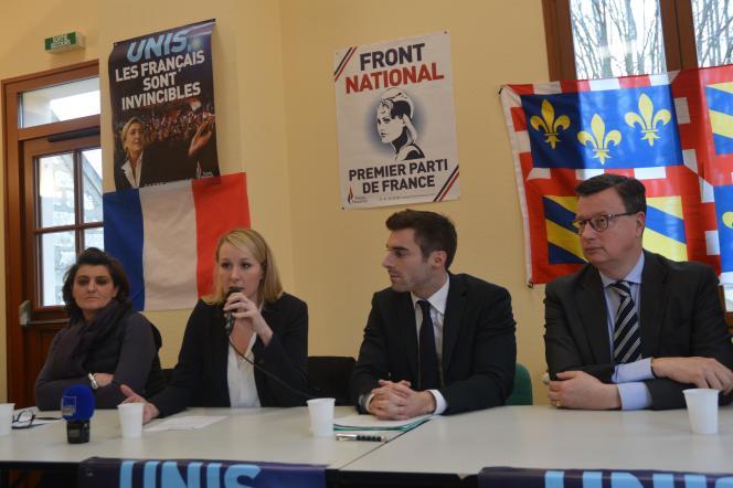 JulienOdoul (ici à côté de Marion Maréchal-LePen, le19février) a fait ses armes  au sein de l'UDI. Il est aujourd'hui candidat du Front national sur le canton  de Pont-sur-Yonne.