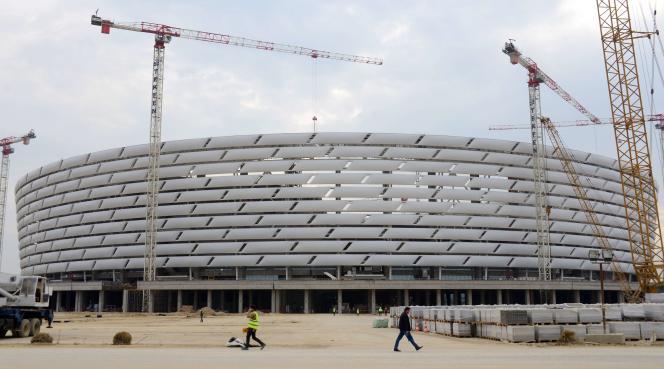 Le chantier du Stade national de Bakou, en octobre 2014.