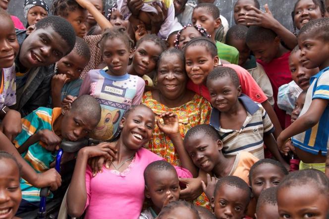 Maman Marie-Thérese et ses enfants à Brazzaville.