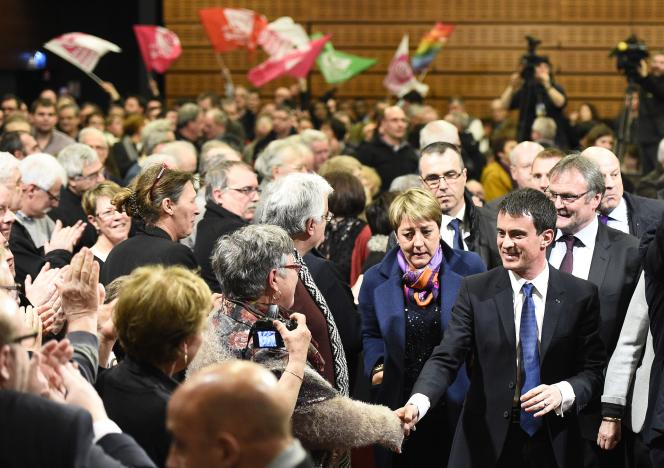 Manuel Valls lors d'un meeting à Boisseuil (Haute-Vienne), le 5 mars.