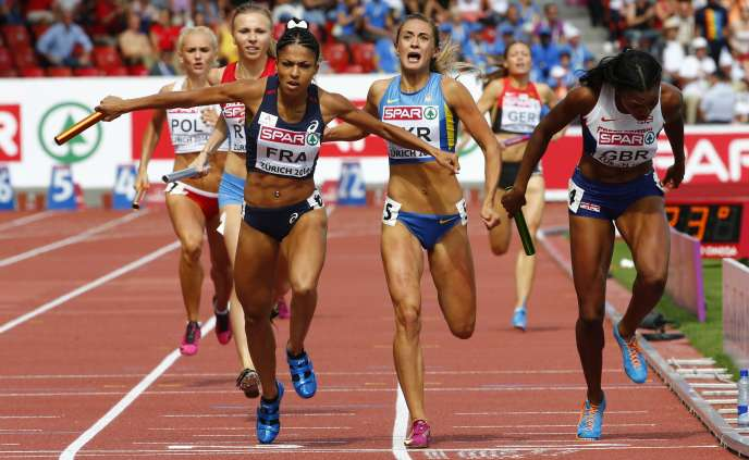 Floria Gueï, à l'arrivée du 4×400m des championnats d'Europe de Zurich, le 17 août 2014.