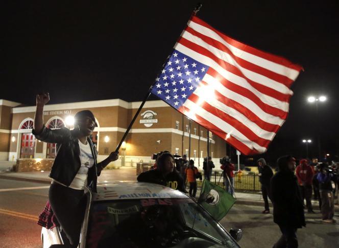 Manifestation à Ferguson après l'annonce du non-lieu prononcé par la justice fédérale, le 4 mars.