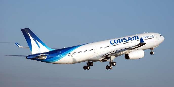 Un Airbus A330 de la compagnie Corsair. Le groupe Corsair-Air Caraïbes aurait regroupé 2000collaborateurs, 15avions, avec un chiffre d'affaires de830millions d'euros et2,4millions de passagers transportés.