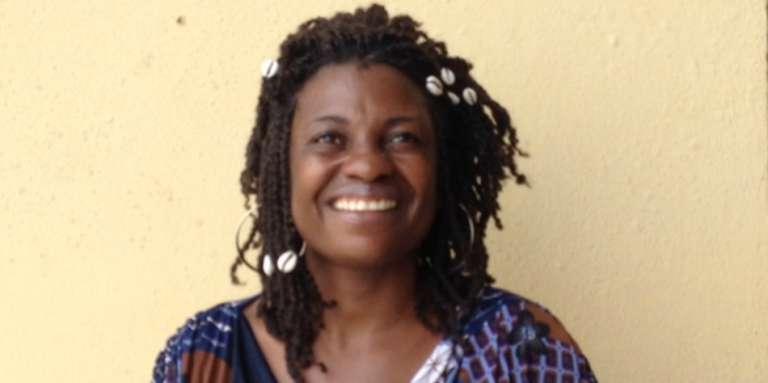 La chanteuse équato-guinéenne Patrima combat la polygamie à travers ses chansons.