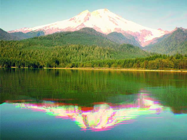 Entre-temps, le lac est devenu artificiel en vue de produire de l'électricité à l'aide d'un barrage.