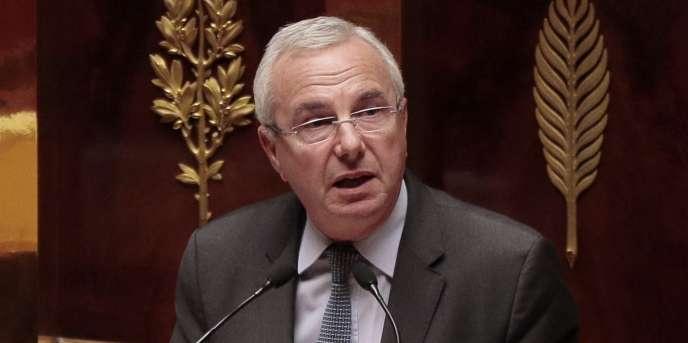 Le député (UMP) Jean Leonetti parle à l'assemblée nationale le 10 mars, 2015.