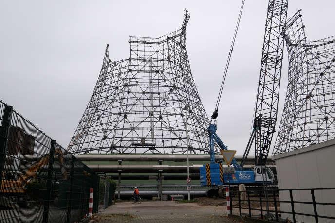 Le démantèlement, opéré par le géant allemand de l'énergie E.ON, de la centrale à charbon de Herne, en Allemagne, en décembre 2014.